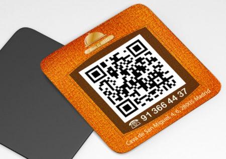 Iman de nevera para ver la carta o el menú del restaurante con código QR