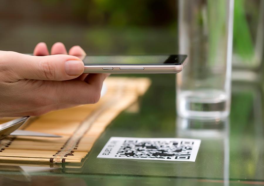 Leer la carta o el menú del restaurante desde el móvil